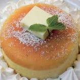 デザートも本格的。パンケーキやアイスも人気です。