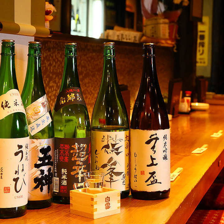 奈良の地酒含む、日本酒常時約20種類