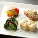 お好きな【ストゥツィキーノ】を4種チョイスできる『選べる!前菜の盛り合わせ』