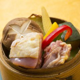 播州百日どりと野菜のセイロ蒸し