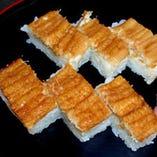 【お寿司】 鯛・あなごなど。新鮮な旬魚をお楽しみください