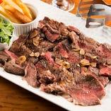 「アメリカ産牛ロースステーキ」