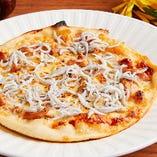 「しらすと木の子のピザ」