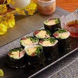 「梅肉と野菜の海苔巻きサラダ」