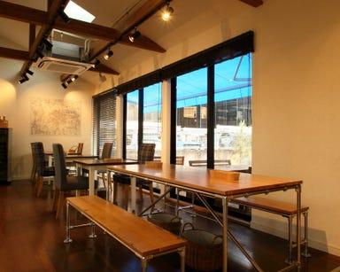 Deux Cafe  店内の画像
