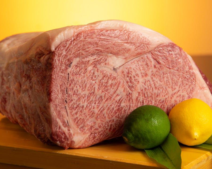 最高品質の佐賀牛や宮崎牛などのA5ランクをご用意