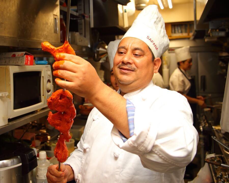 3カ国のシェフが作る 本場アジア料理の数々をご賞味あれ