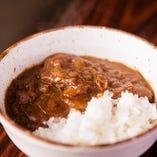 北海道産羊肉のみを使用したカレー絶品です。
