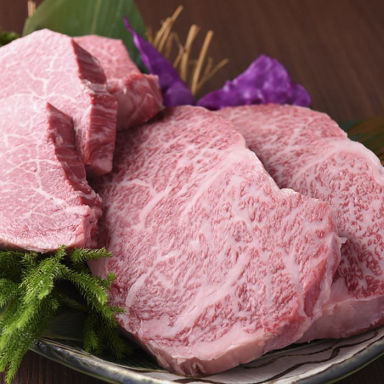 炭火和牛一頭焼肉 錦  こだわりの画像