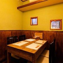 食通が集う大人たちの隠れ家個室