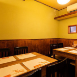 博多駅からも近く食通が集う話題のお店【テーブル席個室(4~8名様)】