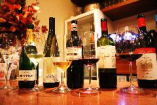 自然派ワインを中心にグラスワインコースもご用意。