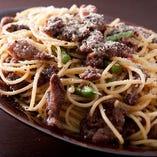 牛すじボロネーゼのスパゲッティ