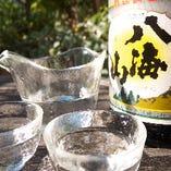 飲み放題で八海山もお楽しみいただけます。ビール ワイン赤・白 微発泡ロゼ他40種