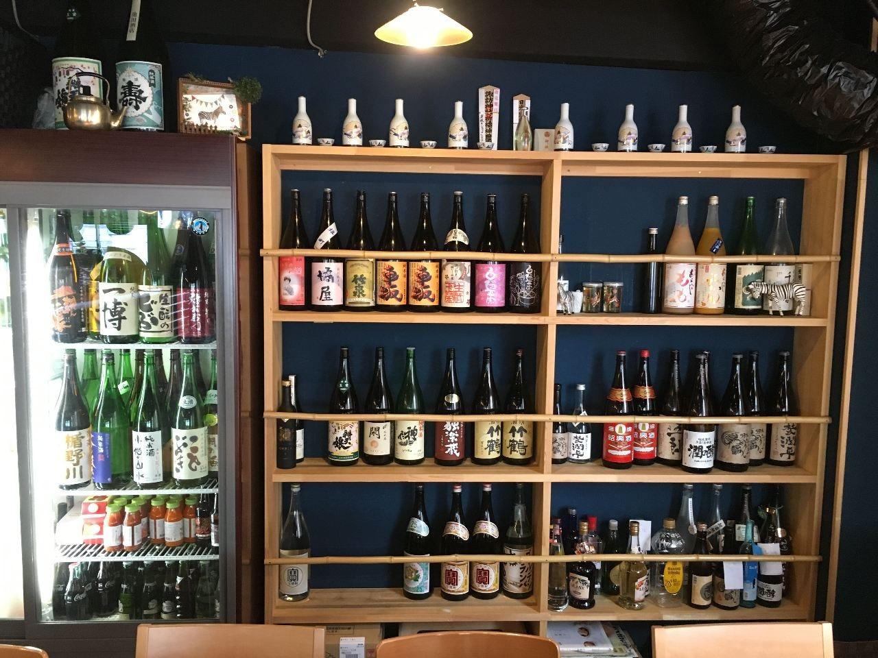 地元宮城をはじめ東北各地、全国の日本酒を約30種が飲み放題!