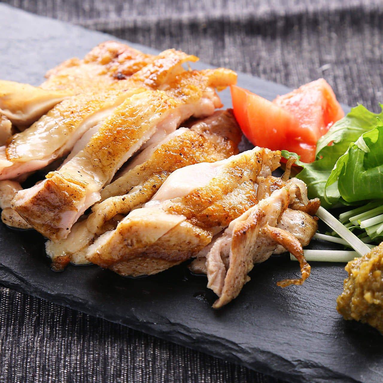 【コスパで選ぶならこれ!】ひな鶏の岩塩焼きと藁カツオのタタキコース《120分飲み放題》3000円
