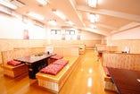 【2階テーブル席】45名様まで宴会可能