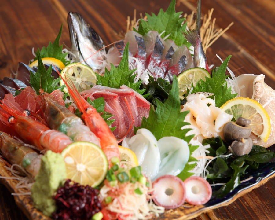 日本海の旨い魚と旬の加賀野菜!