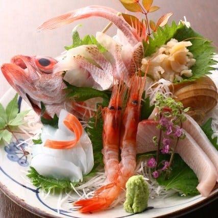 新鮮鮮魚のお刺身盛り合わせ