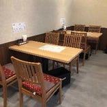 【記念日デートやお子様のお祝い事に!】4名テーブル×2