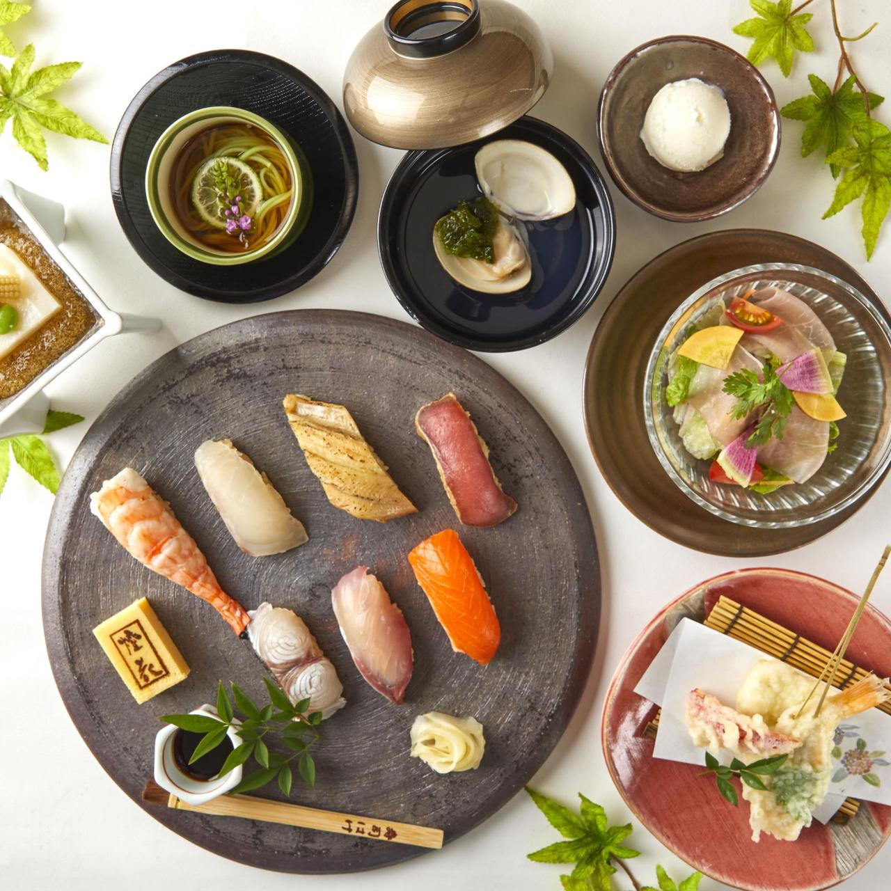 カウンターで職人が握る、旬の寿司