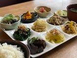 9種のお野菜の【おばんざいプレート】