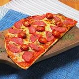 ハワイアンサラミのペパロニピザ