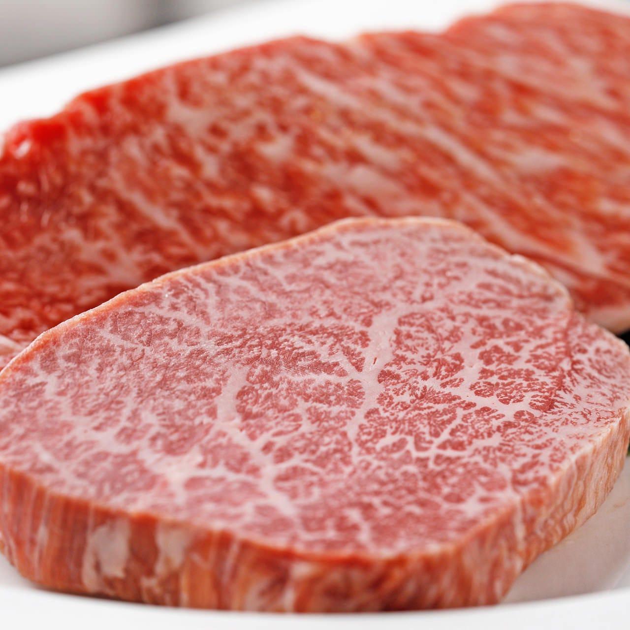 贅を尽くして選び抜いたお肉の旨味