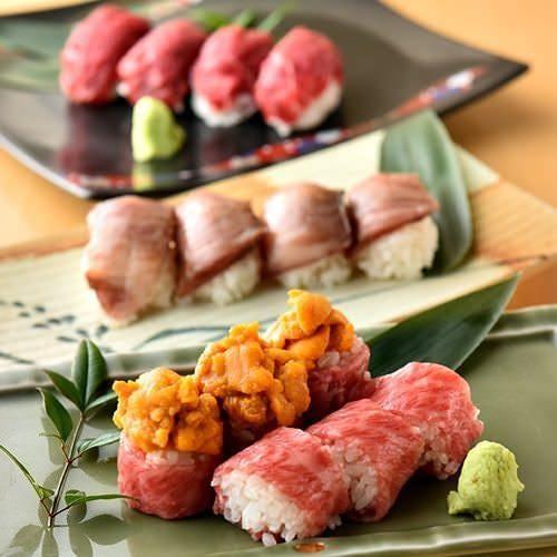 名物「A5黒毛和牛の肉寿司」!