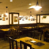 空間と燻製料理を合わせて味わえる大人の非日常的おしゃれな空間