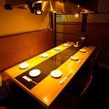 ゆったりとお食事が楽しめるソファー席個室(~4名様×4)