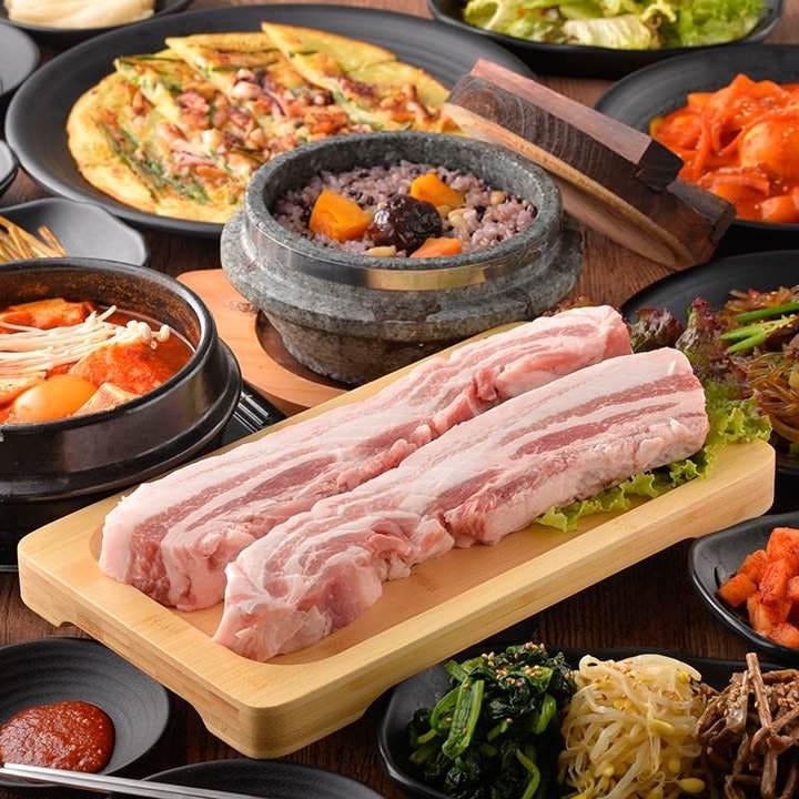 鍋付き絶品韓国料理揃い踏みセット