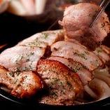 【MUNオリジナル】三元豚の丸焼きサムギョプサル (国産三元豚使用)