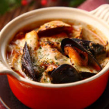 トッポギの新しい提案☆ [海たっぷり魚介のオーブンチーズトッポギ 840円(税別)]