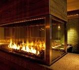 【暖炉】オシャレで上質な空間を演出。宴会・合コンをサポート♪