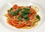 フレッシュトマトとバジリコのスパゲッティ