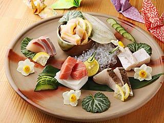 旬の魚貝で、造り、焼き物、煮魚など