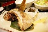 ブリ・カンパチのカマ焼き定食ランチ