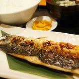 ■ランチ定番鯖塩焼き定食780円(税込)ご飯おかわり無料■