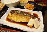 期間限定:鯖の甘辛煮つけ