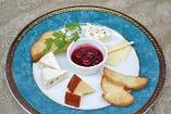 ・チーズの盛り合わせ