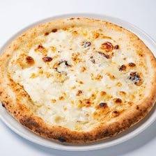 4種チーズのとろ~りピッツァ