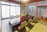 個室「桜島」デートやご商談などにも最適。