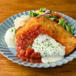 チキンシュニッツェルパルミジャーナ  / Chicken Schnitzel Parmigiana