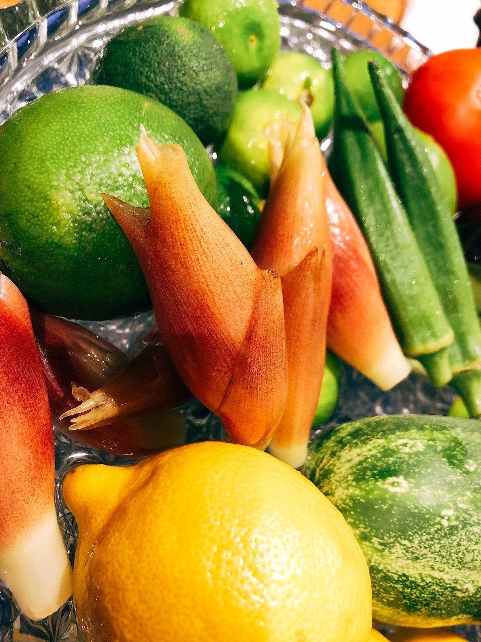 契約農家さんから毎日届く、無農薬野菜がいっぱいです^^