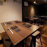テーブル席(4名×3)