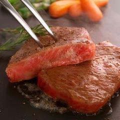 黒毛和牛A4霜降りステーキ