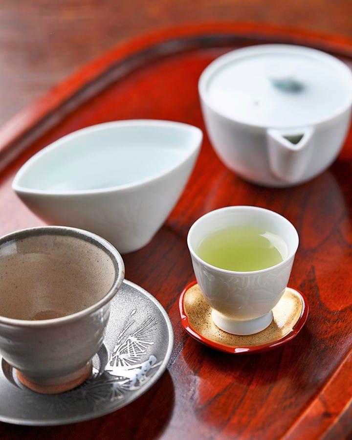 「茶を飲む」こだわりの玉露と抹茶