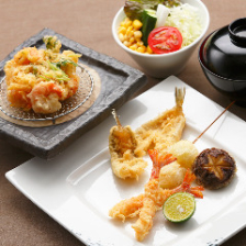 季節の天ぷらを揚げたてでお届け