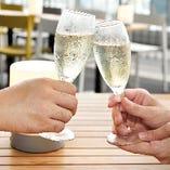特別な日を演出するスパークリングワインもご用意しております